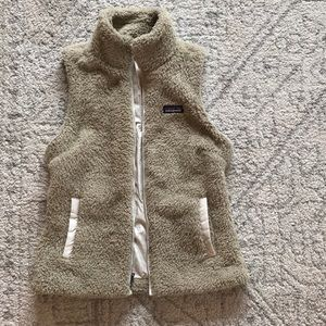 Patagonia Women's Fuzzy vest